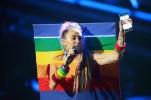 Майли Сайрус на MTV Video Music Awards 2015