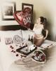 Келли Брук отмечает День всех влюбленных