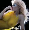 Кайли Дженнер показала грудь в новом номере V Magazine