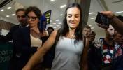 Дисквалифицированная Елена Исинбаева прилетела в Рио-де-Жанейро без нижнего белья