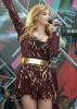 Татьяна Котова не удержала свою грудь на концерте