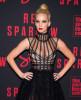 Дженнифер Лоуренс показала сосок на премьере фильма «Красный воробей»