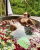 Надя Дорофеева снялась голой в ванной вместе с мужем