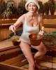 51-летняя Ольга Кабо выложила эротическое фото из бани