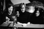 Ретрофото. Мик Джаггер, Джон Леннон и Йоко Оно. США. 1972 год