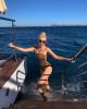 49-летняя Яна Рудковская снялась в купальнике
