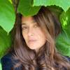 53-летняя Сальма Хайек опубликовала фото без макияжа