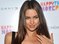 Ирина Шейк попала в десятку самых сексуальных моделей