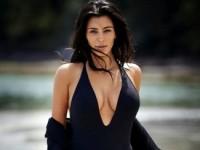 Ким Кардашян стала лидером по популярным «звездным» селфи (ФОТО)