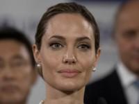 Джоли сыграет Селин Дион в биографической драме