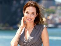 Анджелина Джоли станет «лицом» нового аромата Guerlain