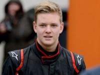 18-летний сын Михаэля Шумахера дебютировал в «Формуле-3»