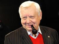 Олега Табакова подключили к искусственной вентиляции легких