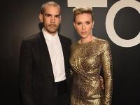 Йоханссон официально рассталась с мужем