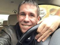 Алексей Панин прокатил дочку по пешеходному проспекту в Саратове (ВИДЕО)