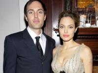 Анджелина Джоли поссорилась с братом