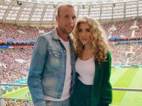 Денис Глушаков готовится к разводу