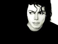 Майкл Джексон вновь возглавил список самых богатых мертвецов