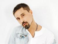 Дима Билан переносит концерты из-за травмы