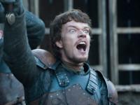 Исполнителя роли Теона Грейджоя бесит критика последнего сезона «Игры престолов»