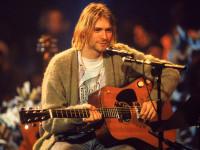 Гитару Курта Кобейна продали за рекордную сумму