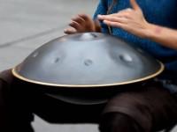 Как играют на музыкальном инструменте ханг