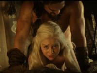 Актер рассказал об унижении Эмилии Кларк в «Игре престолов»