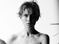 Дарья Мельникова снялась для журнала Maxim и выложила не вошедшие в основной сет фотографии