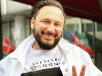 Стас Михайлов с пятой попытки нашел у себя коронавирус