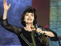 Мирей Матье выступит на фестивале военных оркестров на Красной площади