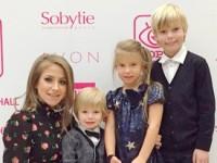 Экс-супруга Аршавина перевозит детей в Россию