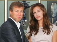 Роман Абрамович и Дарья Жукова встретили Новый год в компании голливудских звезд