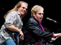 Басист Элтона Джона найден мёртвым в Калифорнии