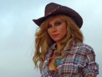 Ирина Нельсон сняла клип в Калифорнии