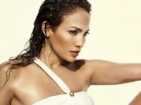 Дженнифер Лопес на страницах июньского «Vogue» (5 ФОТО)