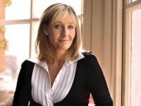 Джоан Роулинг готовит к выходу «роман для взрослых»
