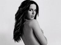 Кейт Бекинсэйл в эротической фотосессии для Esquire (8 ФОТО)