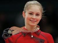 Юлия Липницкая прячется от фанатов