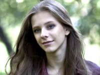 "Лиза Арзамасова: ""Надеюсь, грязь шоу-бизнеса ко мне не прилипнет"""