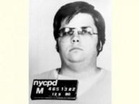Убийца Джона Леннона в шестой раз просится на свободу