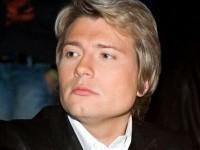 Басков нанял актеров массовки по 300 рублей, чтобы те провожали его в тур