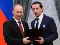 Хабенский на награждение к Путину надел значок «Дети вне политики» (ФОТО)
