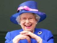 Елизавета II превратила обычное селфи в фотобомбу