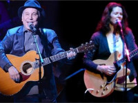 Музыканты Пол Саймон и Эди Брикелл обвиняются в домашнем насилии