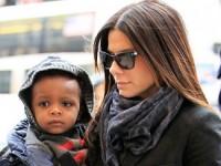 Сандра Баллок и Ким Кардашян попали в рейтинг самых влиятельных мам