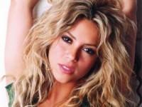 Шакира украла идею клипа у Кейт Мосс (5 ФОТО и ВИДЕО)