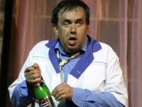 Пьяный Стас Садальский устроил обнаженку на сцене (8 ФОТО)