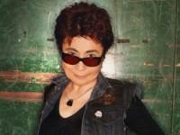 Йоко Оно призывает Владимира Путина освободить участниц «Pussy Riot»