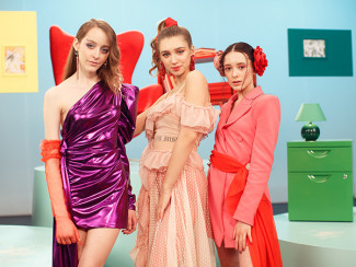 Cosmos Girls (Ева Лепс, Саша Гинер и Эден Голан)