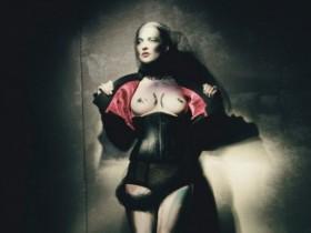 Кейт Мосс разделась для арт-проекта W Magazine (12 ФОТО)